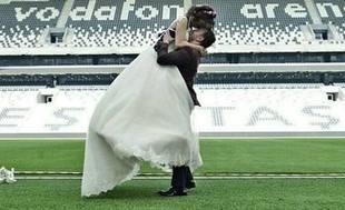 Vodafone Arena'da ilk düğün