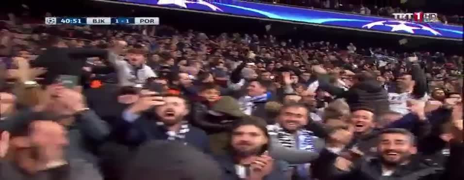 Cumhurbaşkanı Erdoğan gole böyle sevindi