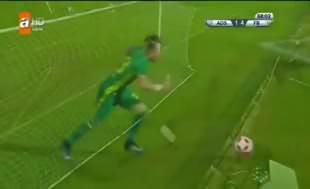 Kocaman'ın Valbuena tepkisi