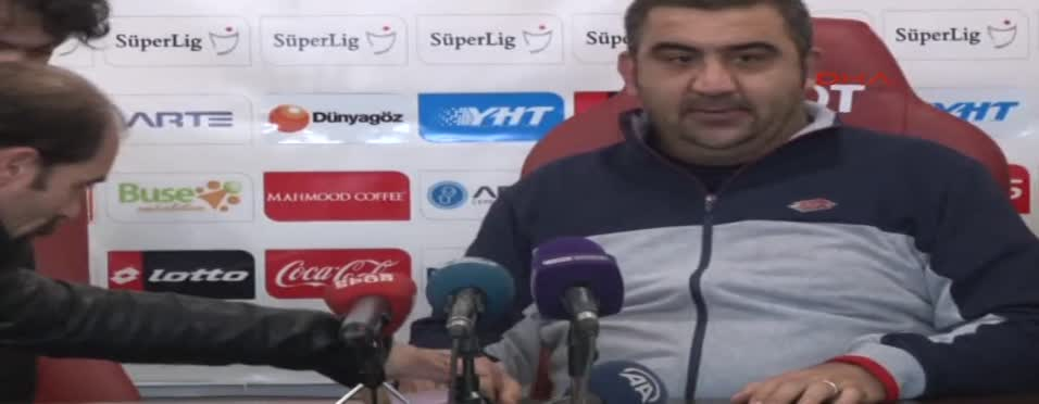 Teknik direktörlerin maç sonu açıklamaları