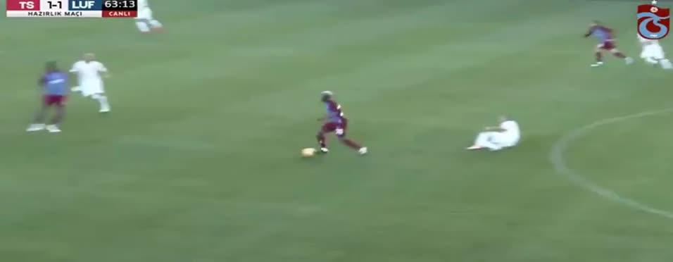 Rodallega'dan harika gol