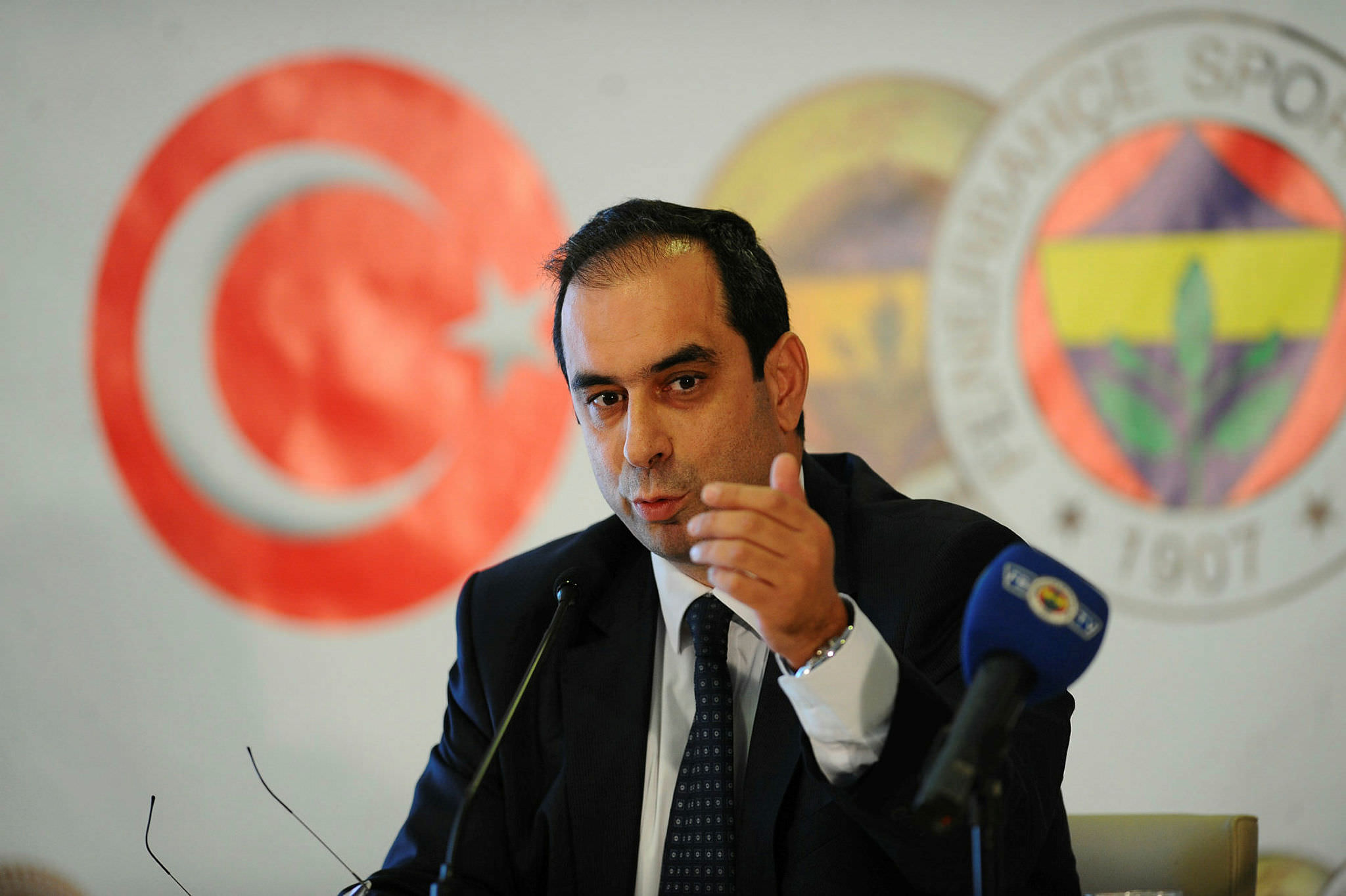 Mosturoğlu: ''Beşiktaş sahadan çekilmiştir''