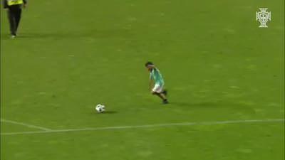 Ronaldo'nun oğlu tribünleri ayağa kaldırdı